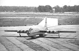 Martin XB-48 - Martin XB-48 prototype taxiing, showing spaces between engines for cooling, tandem main gear, and nacelle outriggers