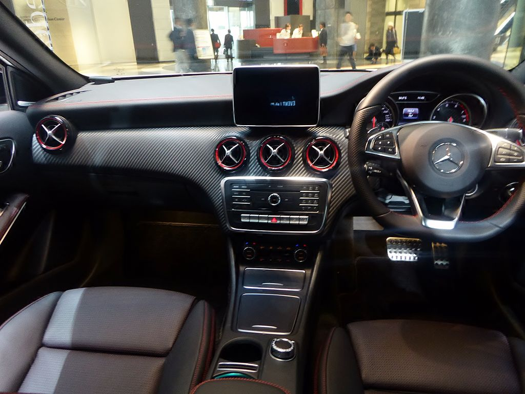 file mercedes benz a250 sport 4matic w176 interior jpg. Black Bedroom Furniture Sets. Home Design Ideas