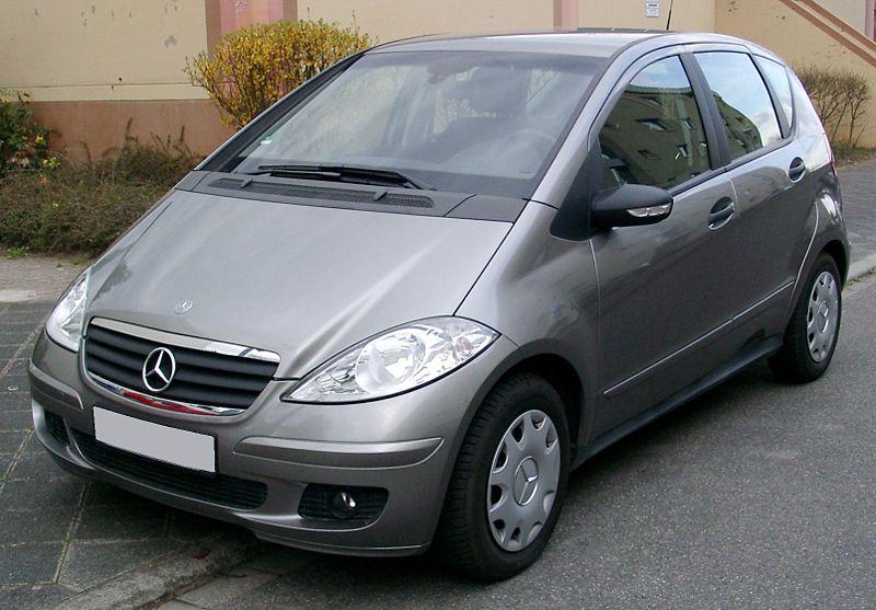 Ancienne Mercedes Classe C  Largeur