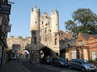 York - The southern entrance to York, Micklegate Bar. The lower section was built in the 12th century, the top storeys in the 14th. The gates connected to the York city walls, some sections of which were built in the 12th to 15th centuries, others in Roman times.