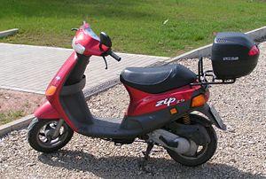 Spiksplinternieuw Puch Zip - Wikipedia PU-52