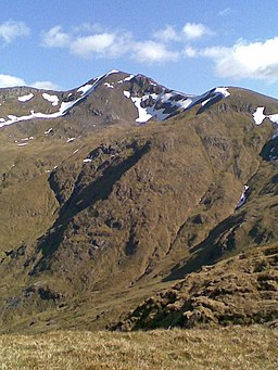 Mullach Fraoch-choire from its NW ridge - geograph.org.uk - 821444 (cropped).jpg