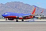 N404WN Southwest Airlines 2001 Boeing 737-7H4 - cn 27892 - ln 880 (10720269353).jpg