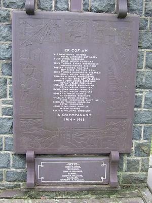 Nantlle - war memorial in village