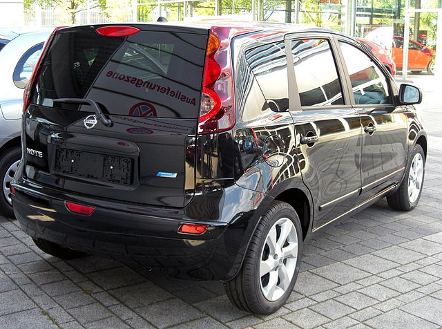 file nissan note facelift 20090531 rear jpg wikimedia. Black Bedroom Furniture Sets. Home Design Ideas
