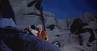 North by Northwest - The climax at Mount Rushmore