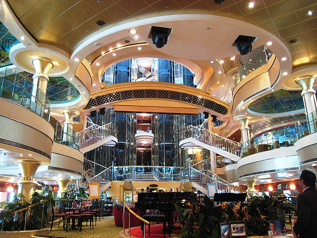 Atrium der Norwegian Star, ©flickr.com by User Niagara