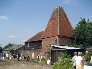 The Darling Buds of May (TV series) - The square oast house of Buss Farm, featured in the opening credits, seen in 2007