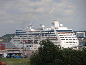 Ocean Princess in Tallinn 9 July 2012.JPG