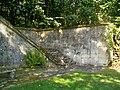 Ognon (60), parc d'Ognon, escaliers et terrasse à l'ouest du miroir d'eau 02.jpg