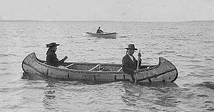 Ojibwe birchbark canoe, 1910