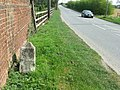 Old Milepost - geograph.org.uk - 1238825.jpg