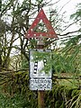 Old Road Sign. - geograph.org.uk - 512426.jpg