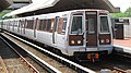 Orange Line train at Cheverly (10256160726).jpg