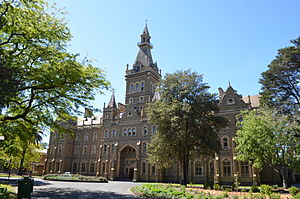 Ormond College - Ormond College from College Crescent