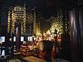 Osu Kannon Haupthalle Innen Altar 01.jpg