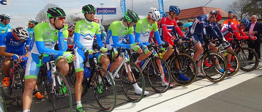 Oudenaarde - Ronde van Vlaanderen Beloften, 11 april 2015 (C32).JPG