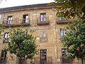 Oviedo - Palacio de los Bernaldo de Quirós 3.jpg