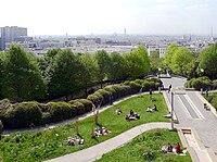 P1010851 Paris XX Parc de Belleville reductwk.JPG