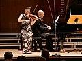 P1050911 Midori & Özgür Aydin (Meisterkonzert) (42297540585).jpg