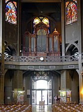 P1270074 Paris XVIII eglise St-Jean orgue rwk.jpg