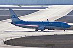 PH-BGA 737 KLM ARN.jpg