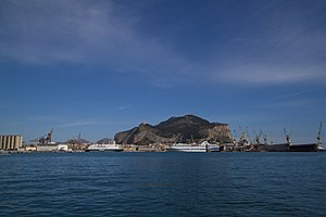 Metropolitan City of Palermo - Image: Palermo photographed from the gulf, 22 april 2012