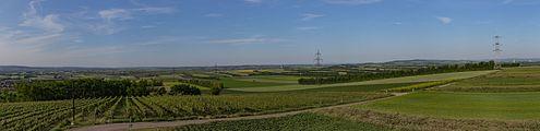 Panorama vom Aussichtsturm Sandberg, Platt (Gemeinde Zellerndorf), Weinviertel 6136.jpg