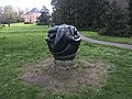 Parc Barton - œuvre d'art - 2.JPG
