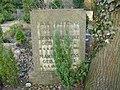 Paul Paeschke - Friedhof Zehlendorf - Mutter Erde fec.jpg