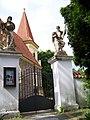 Petrovice, kostel svatého Jakuba, od vchodu (02).jpg