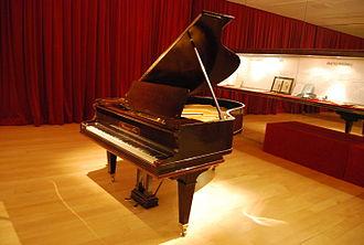 Federico Mompou - Mompou's piano, at the Museu de la Música de Barcelona, Barcelona