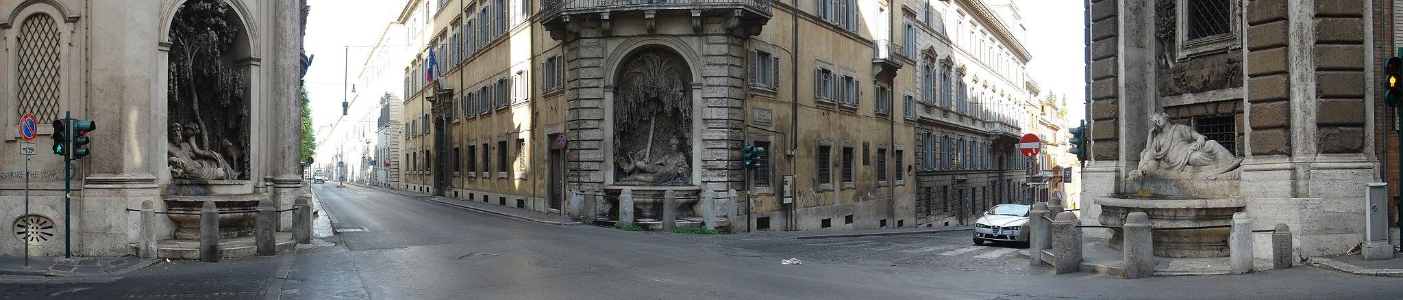 Piazza Quattro Fontane 270deg Pano