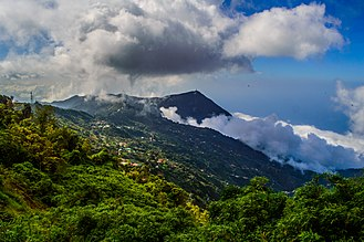 Venezuelan Coastal Range - A view of Venezuelan Coastal Range from Galipán