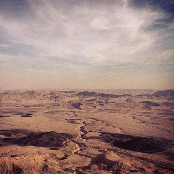 שקט במדבר