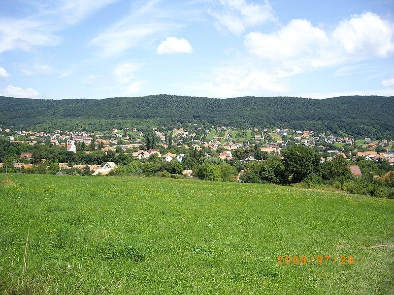 File:Pilisszentkereszt - panoramio.jpg