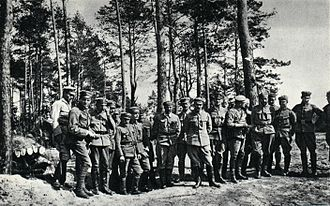 Józef Piłsudski - Piłsudski and his officers, 1915