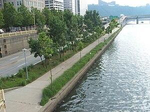 Allegheny Riverfront Park - Image: Pittsburgh alleghenyriverpark