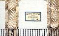 Placa en la Plaza Mayor de la Hispanidad en Medina del Campo.jpg