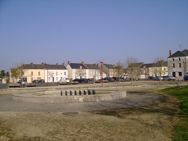 Place Saint Nicolas, Candé (ancien champ de foire), 49, France