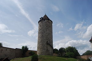 English: Refuge Tower of the castle of Porrent...