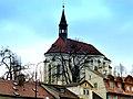 Prag – Pfarrkirche St. Rochus vor dem Kloster Strahov - Farní kostel svatého Rocha - panoramio.jpg