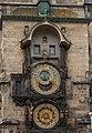 Prager Rathausuhr am Tag.jpg