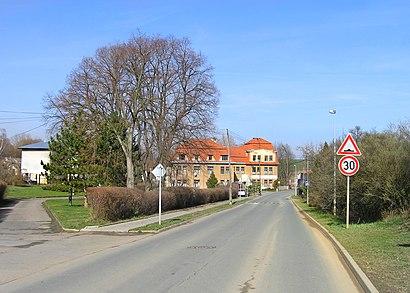 Jak do Pitkovice hromadnou dopravou - O místě
