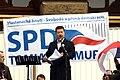 Praha, Václavské náměstí, říjnová demonstrace proti přijetí uprchlíků, Tomio Okamura II.jpg