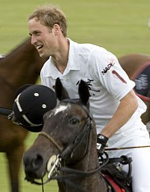 Il principe William durante una partita di polo nel 2007