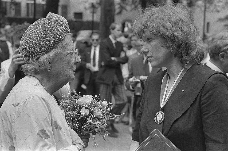 Prinses Juliana bij uitreiking Four Freedoms Awards in Middelburg Prinses Julia, Bestanddeelnr 933-0122