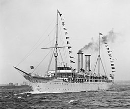 Prinzessin Victoria Luise, the first cruise ship of the world, launched in June 1900 in Hamburg (Germany) Prinzessin Victoria Luise LOC det.4a15439.jpg