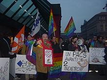 Manifestazione per i PACS a Milano, gennaio 2005.