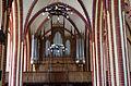 Röbel, Nicolaikirche, Blick vom Altar auf die Orgel 4.JPG